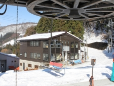 ski-lodge-nozawa-snow10