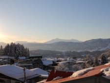ski-lodge-nozawa-wind